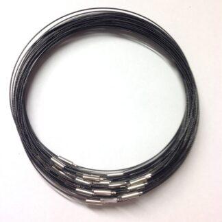 Black Plain Clasp Wire Necklaces