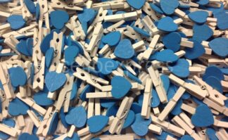 30mm Blue Loveheart White Pegs