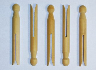 Wooden Dolly Pegs