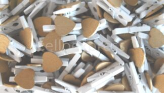 30mm Gold Loveheart White Pegs