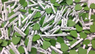 30mm Green Love Heart White Pegs