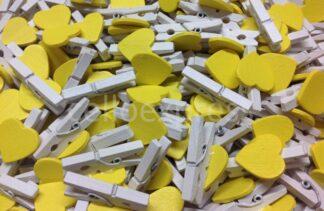 30mm Yellow Loveheart White Pegs